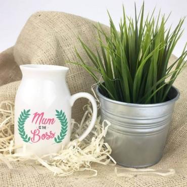 "Kubek dzbanek dla mamy ""Mum is the boss"" - idealny na dzień matki."