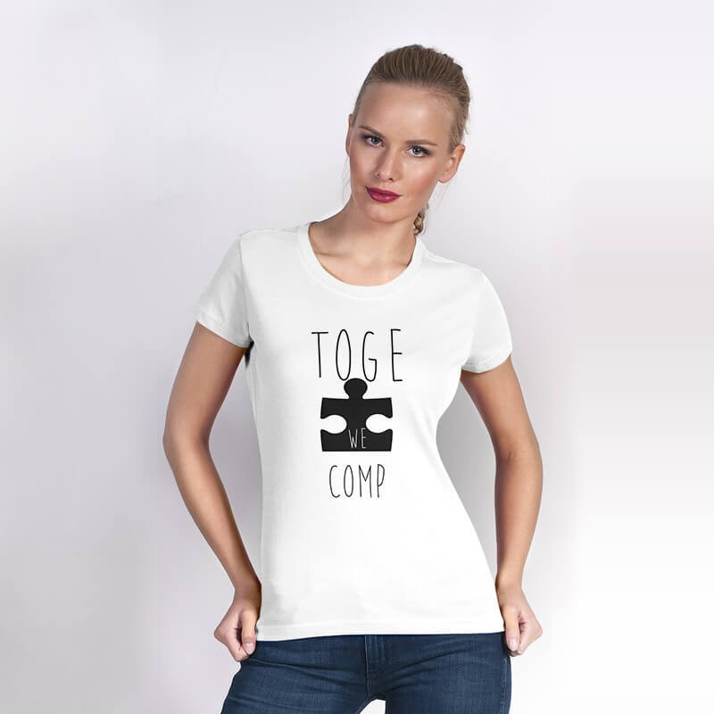 """Koszulka z nadrukiem biała (T-shirt) """"Together we are complete""""."""